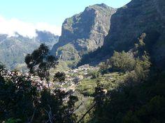 Madeira, Curral das Freiras vu de Pico do Serrado