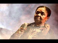 거친 땅의 찰랑거리는 향수... 카부베르데, 모르나의 여왕.   http://jungdi.blogspot.kr/
