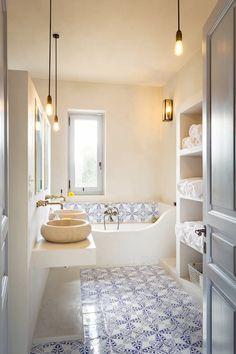 Awesome Bathroom Lighting Design For Your Home. Below are the Bathroom Lighting Design For Your Home. This article about Bathroom Lighting Design Bathroom Lighting Design, Bathroom Interior Design, Modern Interior Design, Luxury Interior, Baths Interior, Interior Paint, Kitchen Interior, Interior Ideas, Interior Inspiration