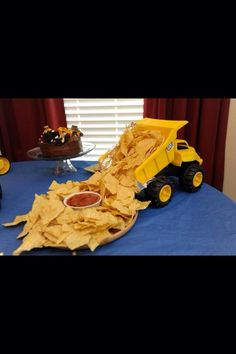 40 Ideas For Dump Truck Birthday Party Ideas Construction Theme Baby Shower Construction Birthday Parties, Construction Party, Construction Baby Showers, Fiesta Baby Shower, Baby Boy Shower, Tractor Baby Shower, Baby Shower Foods, Boy Baby Showers, Baby Shower Cakes For Boys