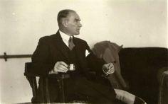 Atatürk'ün Sigara İçerken Çekilen 30 Fotoğrafı | MustafaKemâlim