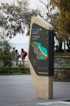 We are dotdash, an interdisciplinary design practice focused on wayfinding strategy. Park Signage, Directional Signage, Wayfinding Signs, Outdoor Signage, Kiosk Design, Signage Design, Environmental Graphic Design, Environmental Graphics, Sunshine Coast