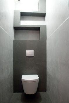 Concrete WC // WC en béton ciré
