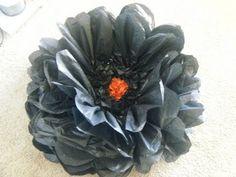 ▶ EASIEST GIANT HUGE PAPER FLOWER TUTORIAL - YouTube