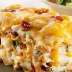 use GF noodles (and if applicable, thickener for sauce) Easy Pierogi Casserole.This casserole looks like lasagne, but tastes just like real, classic, creamy delicious potato and cheese pierogies. Kraft Foods, Kraft Recipes, Bacon Recipes, Cooking Recipes, Easy Recipes, Easy Meals, Healthy Recipes, Pierogi Casserole, Casserole Recipes