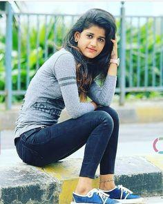 Beautiful Girl from Hindustan - Wallpaper Artis India Dehati Girl Photo, Girl Photo Poses, Girl Poses, Stylish Girls Photos, Stylish Girl Pic, Cute Girl Photo, Beautiful Girl Photo, Preety Girls, Cute Beauty