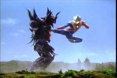 コスモス(エクリプスモード)vsカオスヘッダー・メビュート Ultraman Cosmos