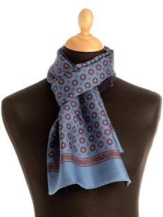 Men's Italian silk reversible scarf lined with wool Men's Scarves, Lightweight Scarf, Silk Wool, Haberdashery, Wool Scarf, Keep Warm, Scarf Styles, Classic Looks, Edc