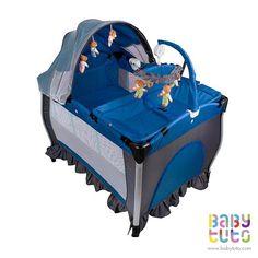 Cuna Pack & Play con mudador y centro de entretención Azul, $109.990 (precio referencial). Marca Bebegló: http://bbt.to/1DNLRGN