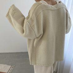 Slacks, Fashion Details, Knitwear, Knit Crochet, Gowns, Pullover, Knitting, Sweaters, Shape