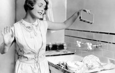 8 Mistakes You're Making Every Time You Wash Dishes  http://www.rodalesorganiclife.com/home/8-mistakes-youre-making-every-time-you-wash-dishes