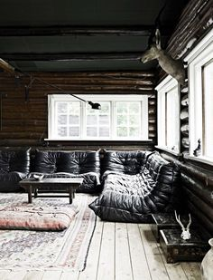 Ligne Roset Togo Sofa - Just The Design Cabin Interior Design, Interior Architecture, House Design, Interior Ideas, Cottage In The Woods, Cabins In The Woods, Italian Cottage, Modern Cottage, Modern Log Cabins