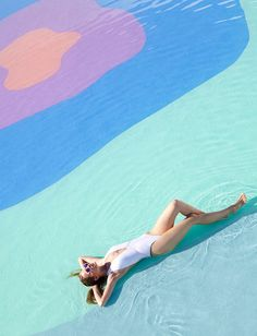 art direction | poolside fashion photography