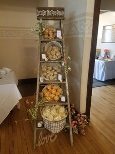 Wedding Snack Bar, Wedding Popcorn Bar, Wedding Desserts, Ladder Wedding, Character Education, Physical Education, Succulent Wedding Favors, Bridal Shower Photos, Backdrops For Parties