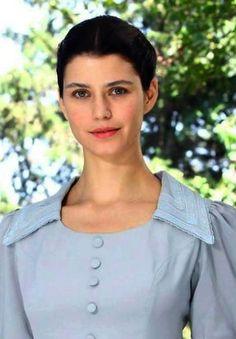 "Beren Saat in ""Benim Dünyam"" movie 2013"