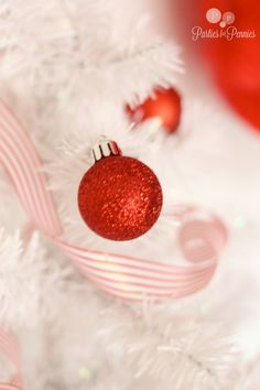 JC Penney Holiday Party - ornaments by PartiesforPennies.com #christmas #holidays