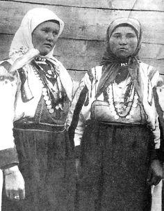 Северные удмуртки-ватка, Слободской уезд Вятской губернии. Снимок начала XX в.