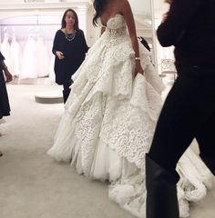 Fashion blog   how to find the perfect dress   Wedding gown   Designer wedding gown   Kleinfeld Bridal New York