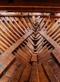 Basque Marine Heritage: Albaola x Loreak Mendian