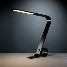 Business // YT006 // LED Desk Lamp (Black)