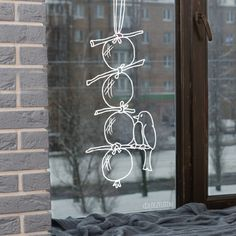 Vogelbollen window drawing - Home Page Seasonal Decor, Fall Decor, Holiday Decor, Fall Drawings, Window Drawings, Christmas Diy, Christmas Decorations, Xmas, Chalk Markers