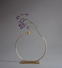 Ikebana - Brass vase by Melbourne artist Anna Varendorff w h Limited edition December 2015 material: brass Arrangements Ikebana, Ikebana Flower Arrangement, Floral Arrangements, Deco Floral, Arte Floral, Floral Design, Japanese Flowers, Japanese Art, Arreglos Ikebana