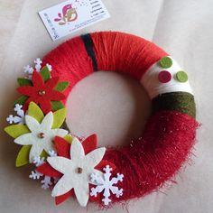 Coroa de Natal de 22cm com lã e feltro.