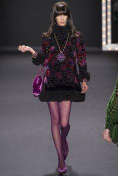 Anna Sui -PretaPorter2013-NFW- por favor, el vestido es lo más y las medias de rayas las quiero yaaa!!