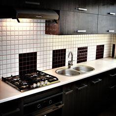 Nowoczesne i klasyczne meble kuchenne na wymiar. Sprzedaż blatów laminowanych, drewnianych oraz granitowych. Nowe fronty meblowe na wymiar do Twojej kuchni.
