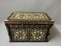 VERY RARE PERSIAN ISLAMIC OTTOMAN ARABIC WOODEN BOX INLAID WITH MOTHER OF PEARL | eBay