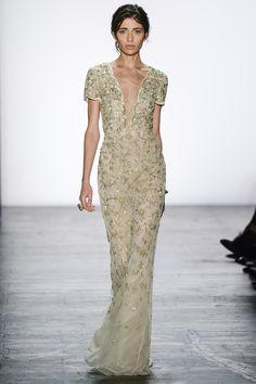 Dennis Basso Spring 2016 Ready-to-Wear Fashion Show