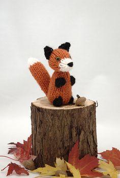 fox by fuzzymitten, via Flickr
