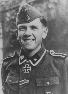 ✠ Hans Hirning (14 November 1922 – 30 April 1945) Killed in action at Dürnholz in Czechoslovakia.
