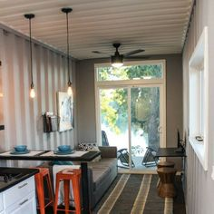 40' MODERN SHIPPING CONTAINER HOME