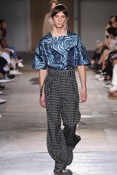 Wooyoungmi Spring 2017 Menswear Collection Photos - Vogue