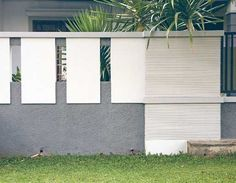 40 Minimalist Wall Fence Models - Speaking of building a house, there are many things that we must pay attention . House Front Design, House Fence Design, Entrance Gates, Exterior Wall Design, Modern Bungalow Exterior, Front Wall Design, Compound Wall Design, House Designs Exterior, Fence Wall Design
