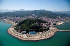 Giresun / Eastern Blacksea Region of Turkey Turkey Photos, Turkey Travel, Ottoman Empire, Black Sea, 14th Century, Beautiful Places, Coast, Villa, River