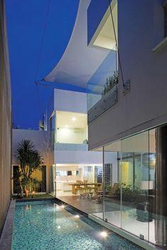 White Box House / Indra Tata Adilaras