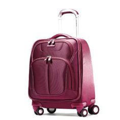 What a lovely pink spinner! @samsonite #pinnk #spa #travel