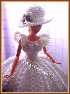 #Cléa5 #Doll #Crochet #Vestido #Dress #Barbie #RaquelGaucha #Chapéu #Hat #Muñeca