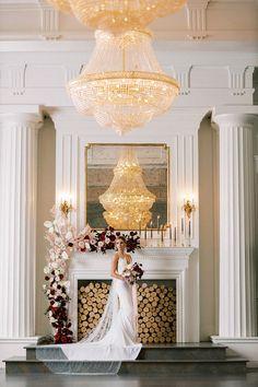 Dazzling Small Wedding Ceremony with Modern Mantel Decor and Bold Flowers Wedding Vendors, Wedding Ceremony, Gracie Wallpaper, Glamorous Wedding, Wedding Dress Styles, Simple Weddings, Crystal Chandeliers, Modern, Garland