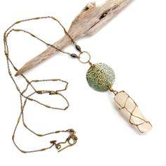Etched Brass Mandala and Raw Quartz Necklace. Handmade in beautiful Playa Tamarindo, Costa Rica. Tamarindo, Quartz Necklace, My Boutique, Costa Rica, Mandala, Jewelry Accessories, Brass, Urban, Handmade