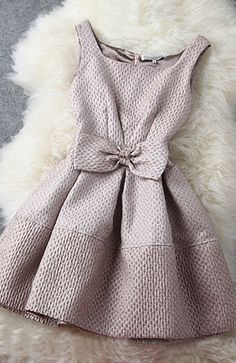 Elegant bow dress