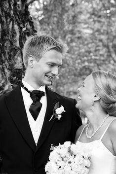 Bröllop Ekenäs   BRÖLLOP Wedding Dresses, Photography, Fashion, Bride Dresses, Moda, Bridal Gowns, Photograph, Fashion Styles, Weeding Dresses