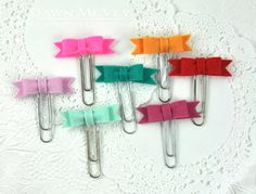 Bow Paper Clips by Dawn McVey for Papertrey Ink (April 2015)