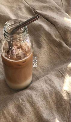 Cream Aesthetic, Aesthetic Coffee, Brown Aesthetic, Aesthetic Food, Comida Do Starbucks, Bebidas Do Starbucks, Coffee Love, Iced Coffee, Coffee Drinks