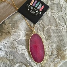 Gorgeous Agate Gold Plated Pendant Necklace! ❤️ Gold plated Agate Druzy pendant on 18k gold plated 30 inch chain. Each pendant is unique. They have beautiful shine and sparkle and are sure to catch the eye. Each has Function & Fringe signature gold feather charm at clasp.  I'm so excited and proud to offer these gorgeous pendant necklaces designed by long time Posher @sfconway!! Made with love in California. First three photos taken by me, fourth photo courtesy of Function & Fringe…