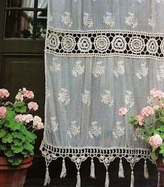 Creative and Modern Ideas Can Change Your Life: Shabby Chic Curtains Girly shabby chic pillows lace.Rustic Shabby Chic Kitchen shabby chic painting old windows. Shabby Chic Decor, Bohemian Decor, White Bohemian, Lace Curtains, Vintage Curtains, Striped Curtains, French Curtains, Bedroom Vintage, Bohemian Curtains