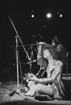 A Marc In Time...October 13th 1972 T.Rex play The Winterland,San Francisco,Calaforina. With Gloria Jones, Julia illman and Stephanie Spruill joining the band