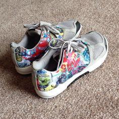 Women reebok crossfit shoes duragrip Worn just once. Like new.                                  j Reebok Shoes Athletic Shoes